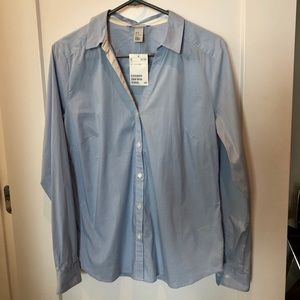 H&M NWT Long sleeve button down shirt